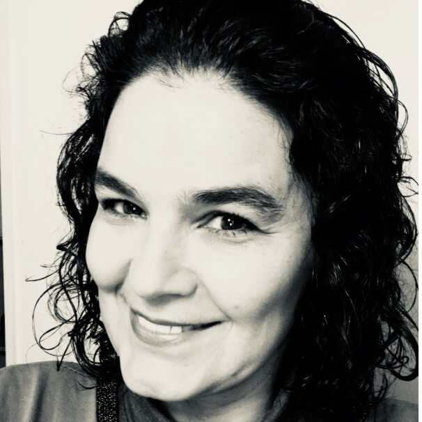 Speaker - Ana Claudia Camponovo