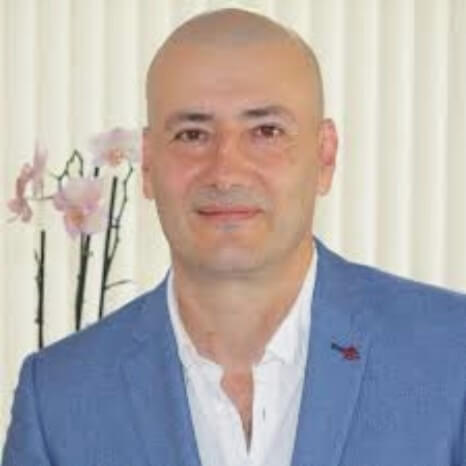 Speaker - Dr. Sergio Mejía Viana